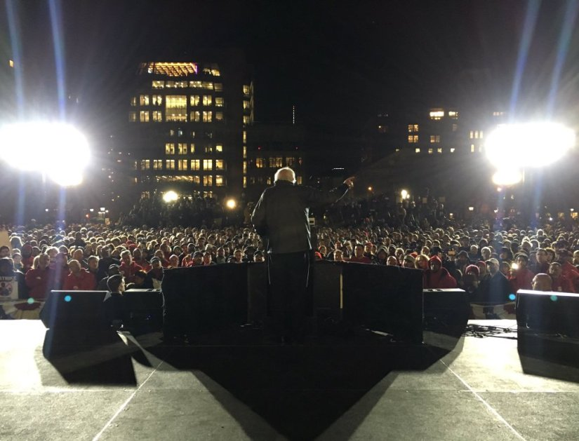 Election 2016: Sanders Brings Record Crowds to Washington SquarePark
