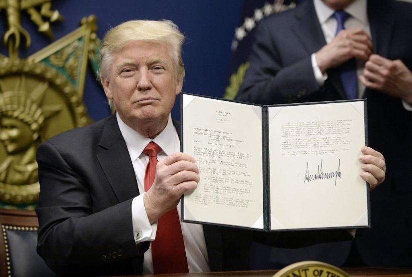 Law School Community Mobilizes in Defiance of DonaldTrump